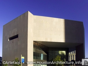 Photo of Central Library Building in Houston, Texas