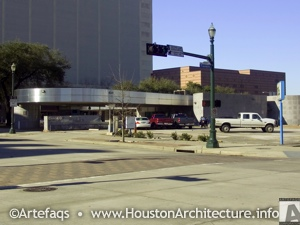 Chase Houston Main Motor Bank in Houston, Texas