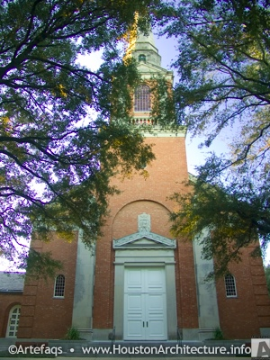 Photo of First Presbyterian Church in Houston, Texas