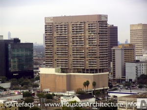 Photo of Houston House Apartments in Houston, Texas