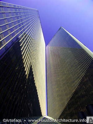 Photo of Pennzoil Place in Houston, Texas