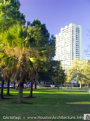Photo of Warwick Towers in Houston, Texas