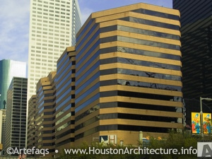 4 Houston Center in Houston, Texas