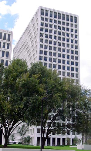 3 Greenway Plaza in Houston, Texas