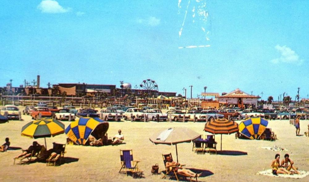 stewart beach galveston.jpg