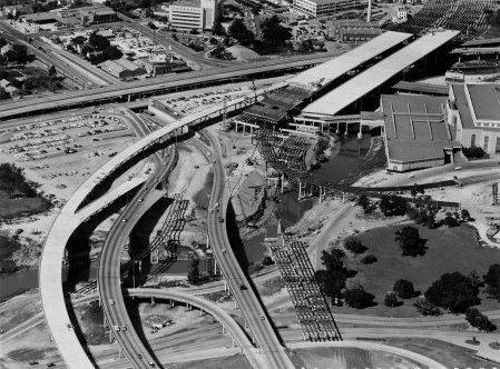 i45_downtown_coleseum_5_1961.jpg